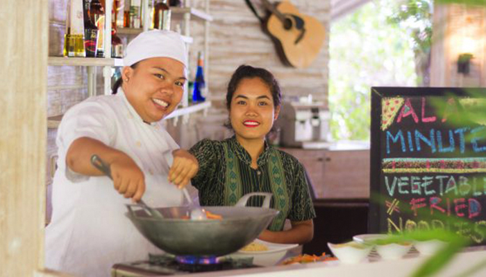 Lembeh-Resort-Dining