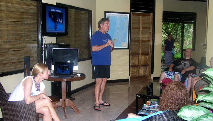 Lembeh Wide Open with Andy & Allison Vitsky Sallmon