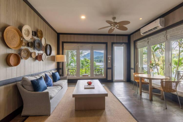 internal luxury cottage lembeh