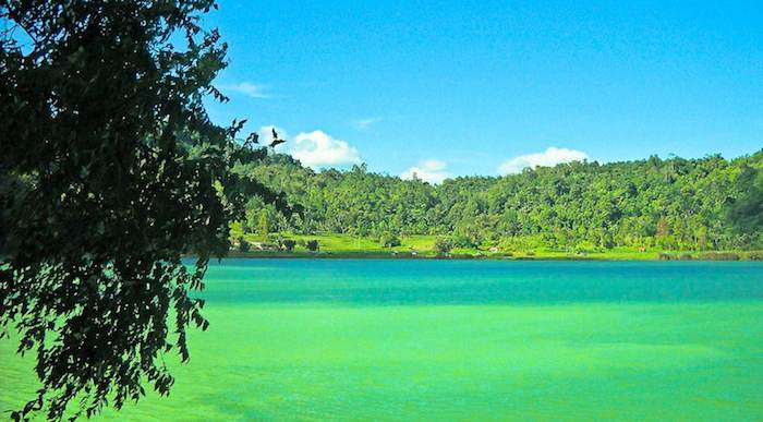 Lake Linow North SUlawesi